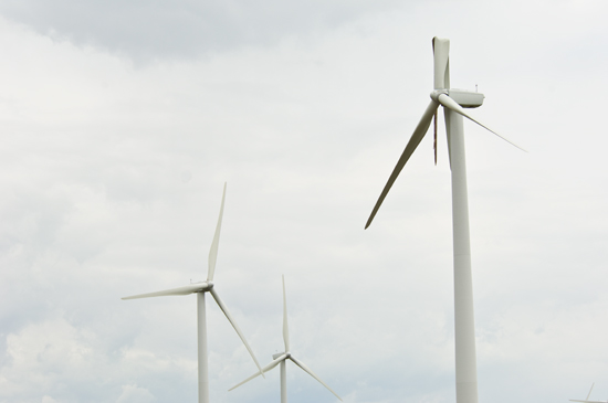 Damaged wind turbine near Wilton, ND