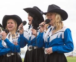 Prairie-Hills-Singers-2