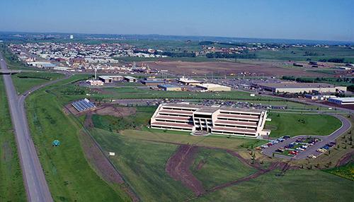 1977-Aerials-Headquarters-C1103