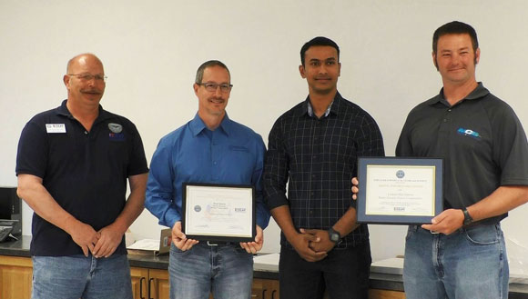 LOS management receives ESGR awards